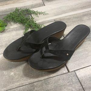 {Ugg} wedge sandals